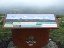Monolito Monte Oiz Bizkaia