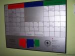 Directorio de empresa metálico con elementos magnéticos